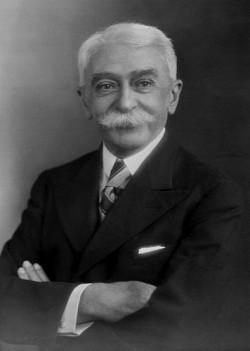 Coubertin.jpeg